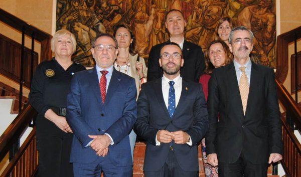 Vila-real, la UJI y el Ivaspe suman fuerzas para promover la formación en mediación policial